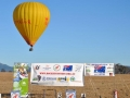 hot-air-balloon-and-banners